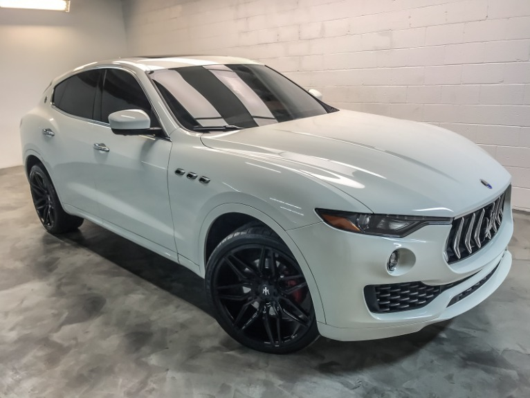 Used-2017-Maserati-Levante-Base