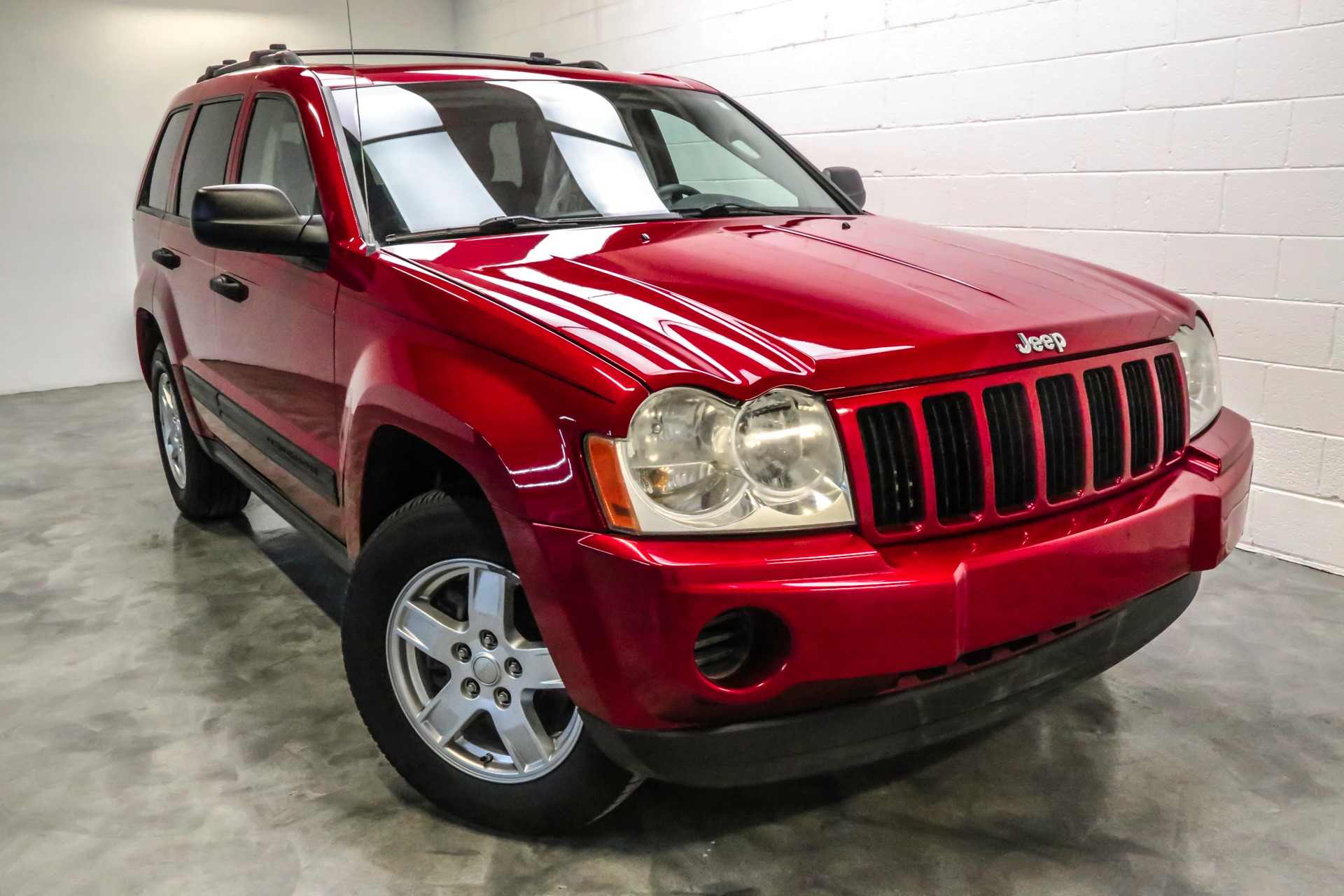 Used 2006 Jeep Grand Cherokee Laredo For Sale 6 991 Inetwork Auto Group Stock T113053