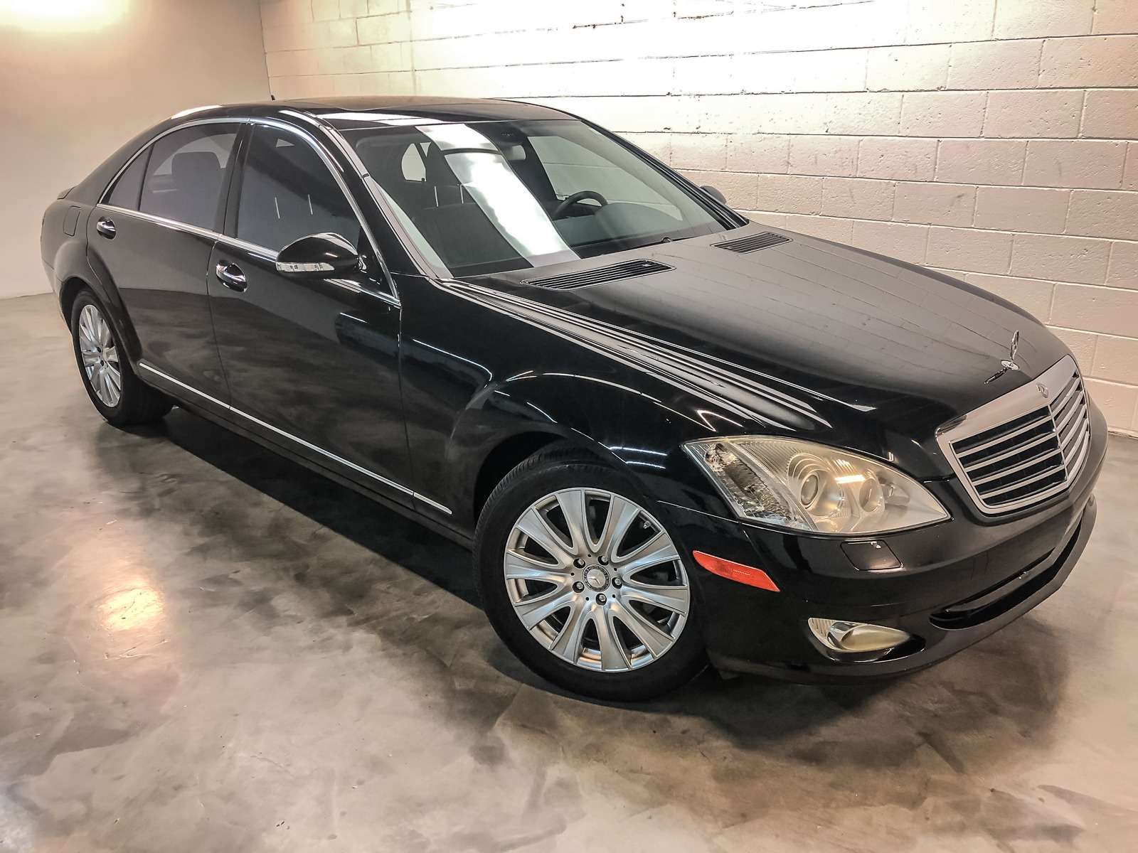 Used 2007 Mercedes Benz S Class S 550