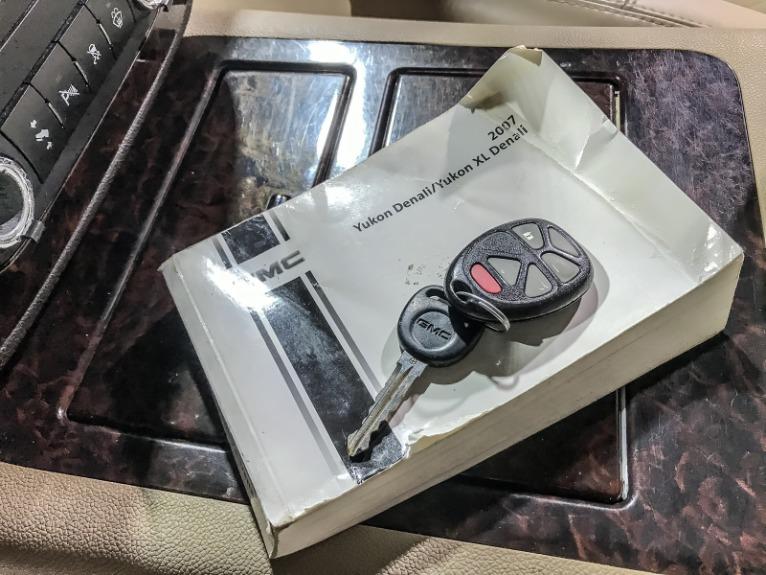 Used 2007 GMC YUKON XL Denali