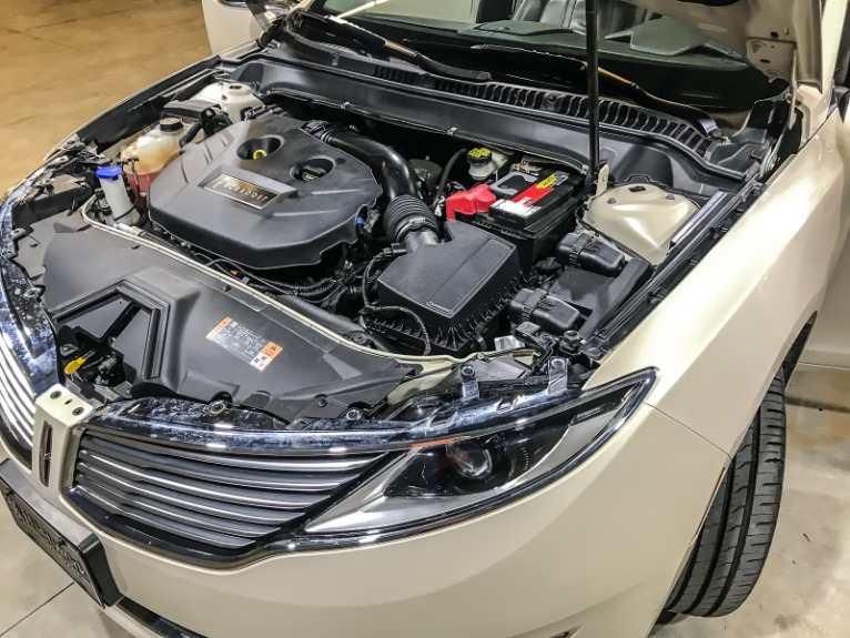Used 2016 LINCOLN MKZ