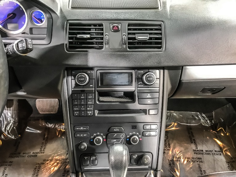 Used 2013 VOLVO XC90 R DESIGN