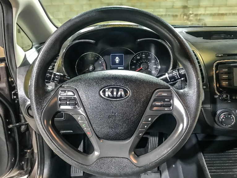 Used 2017 KIA FORTE LX